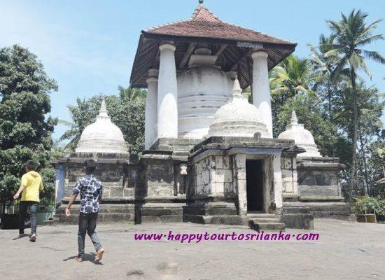 Gadaladeniya Temple